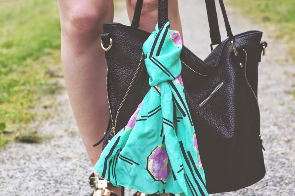 eleanor j shore scarf on sammydress bag