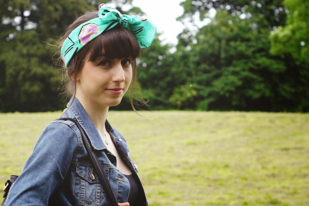 Eleanor J Shore headscarf