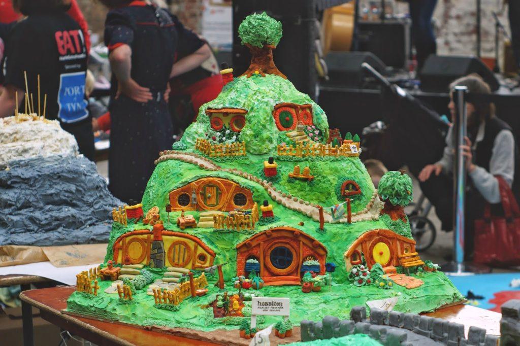 hello freckles tea and cake planet boiler shop hobbit cake