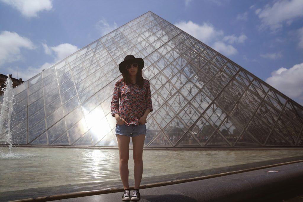 Hello Freckles Paris Louvre