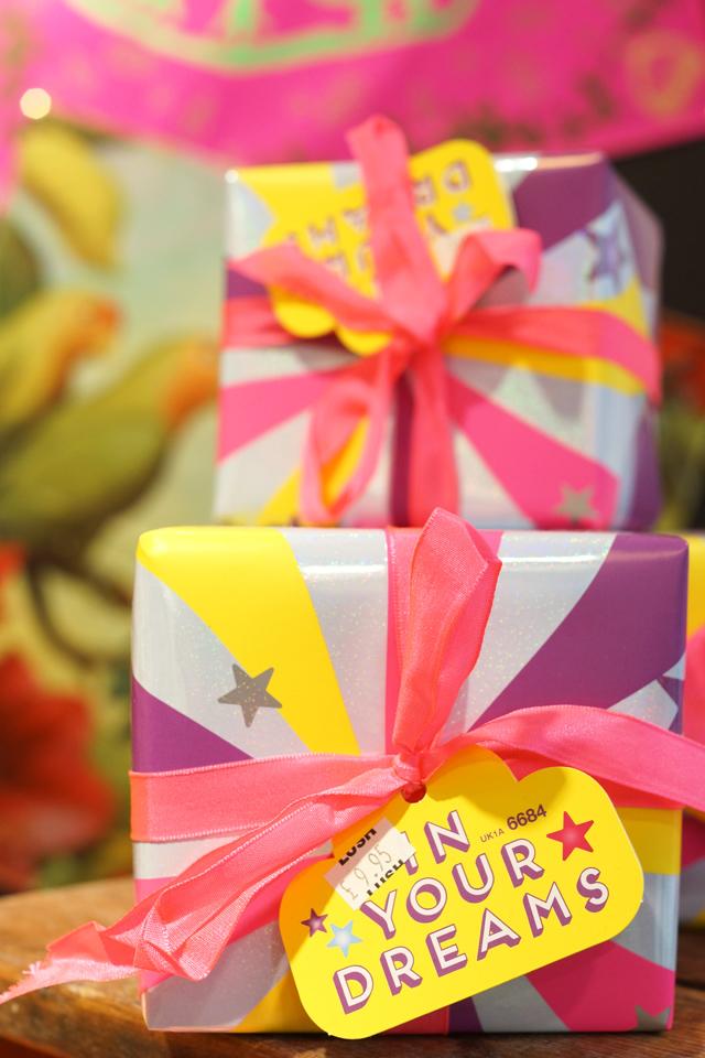 Hello Freckles LUSH Valentines Day Range Dreams Gift