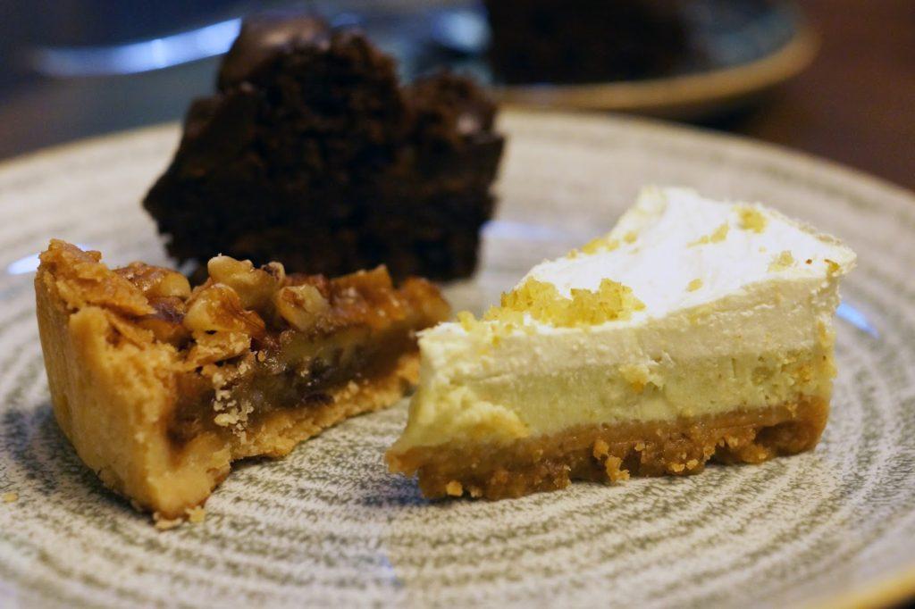 Hello Freckles Afternoon Tea American Sliders Calzone Hilton Garden Inn Sunderland Food Review Desserts
