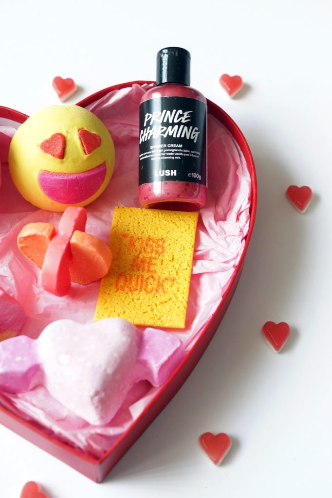 Hello Freckles Lush Valentines Prince Charming Bath Bombs Lovestruck Unicorn Horn NeBloggers Beauty Review