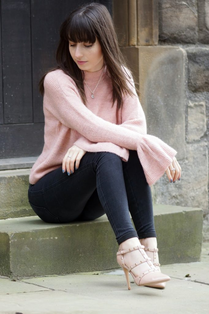 Hello Freckles Flute Sleeves Blush Pink SS17 Personal Style Fashion Outfit Primark Valentino Style Shoes