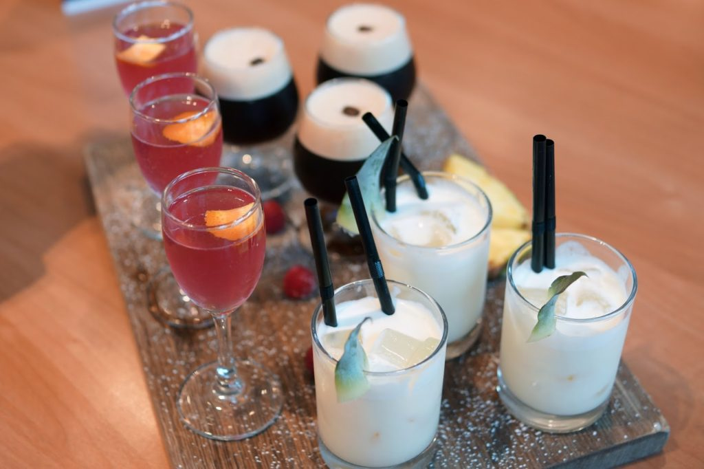 Hello Freckles Hilton Newcastle Gateshead Hotel Review Nebloggers Windows On The Tyne Cocktails